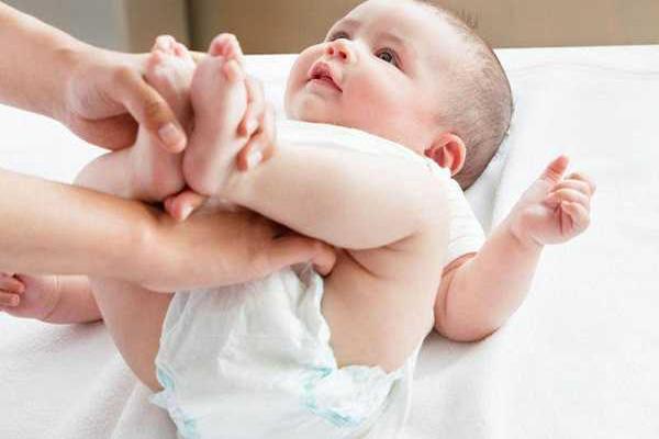 علت اسهال نوزادان چیست؟