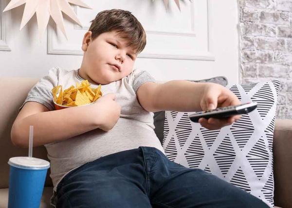 خبرنگاران بیش از 31 درصد بچه ها مشهدی چاق هستند