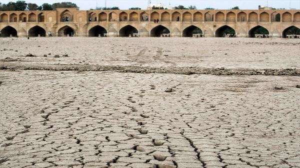 اصفهان تا 10 سال آینده خالی از سکنه می شود