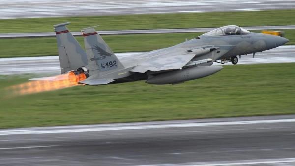 سقوط جنگنده در دالاس